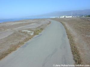 Another view of the Coastside Trail, with a bit of the ocean to the left