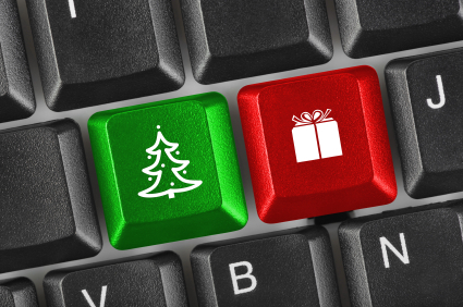 Computer keyboard with Christmas keys | Bella on the Beach