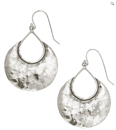 I love the shape of these Half Moon Bay earrings. Plus, since I love Half Moon Bay, these would remind me of one of my favorite local places.